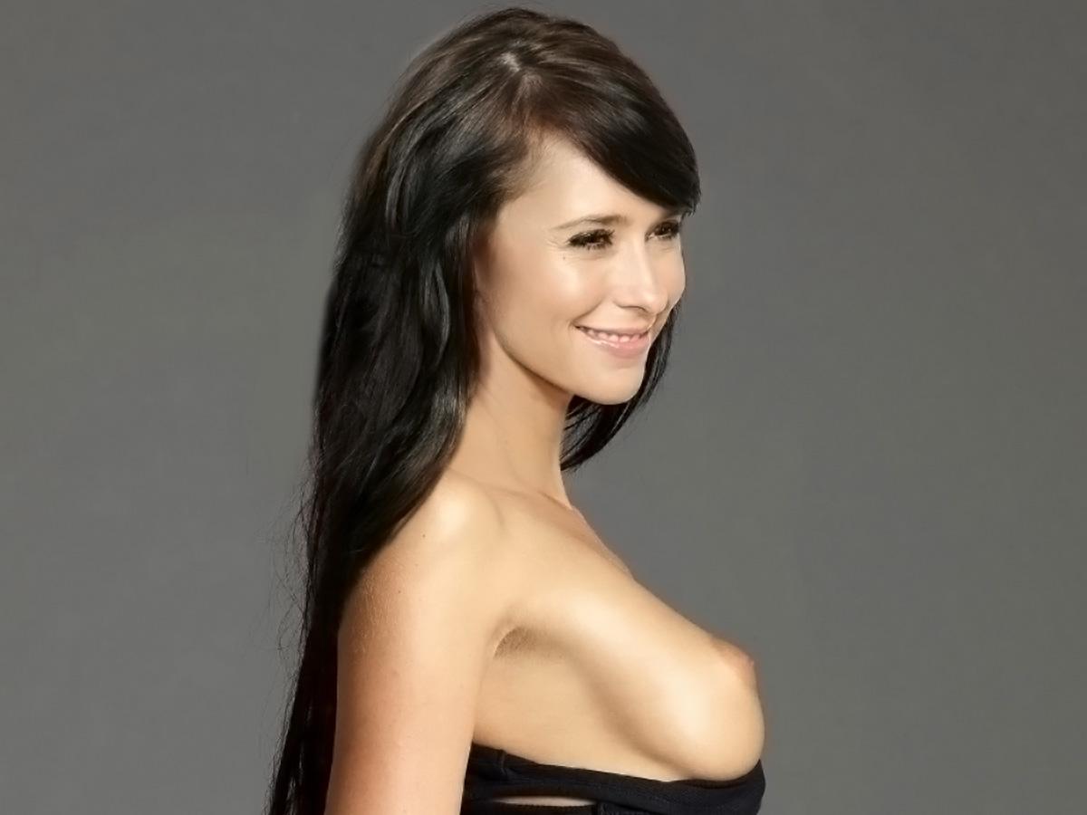 http://4.bp.blogspot.com/-huPzDPaTqbI/TszEpsRqQfI/AAAAAAAAC0U/d3KxwQU5pBE/s1600/Jennifer+Love+Hewitt+nice+nude+show+sexy+ass+and+big+boobs.jpg