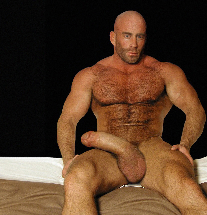 Muscle man with big cock was big