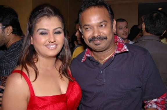 Sona insists Venkat Prabhu to direct Suriya