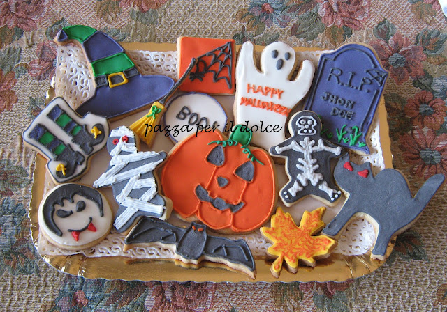 halloween is coming ( torta , cupcakes e biscotti )
