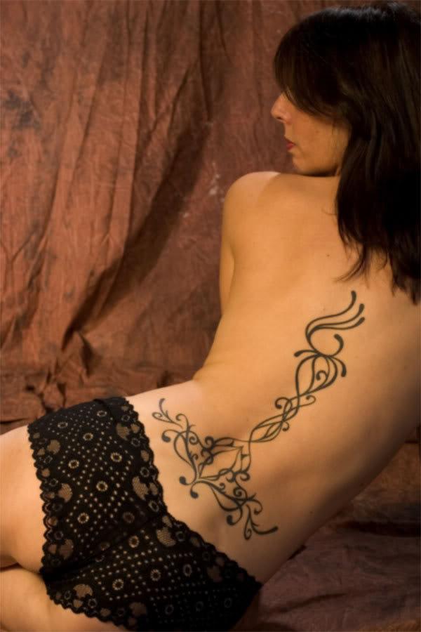 Tatouage maori dos Conseils et photos - tatouage tribal homme dos