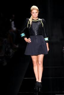 Paris Hilton desfiLa na SPFW