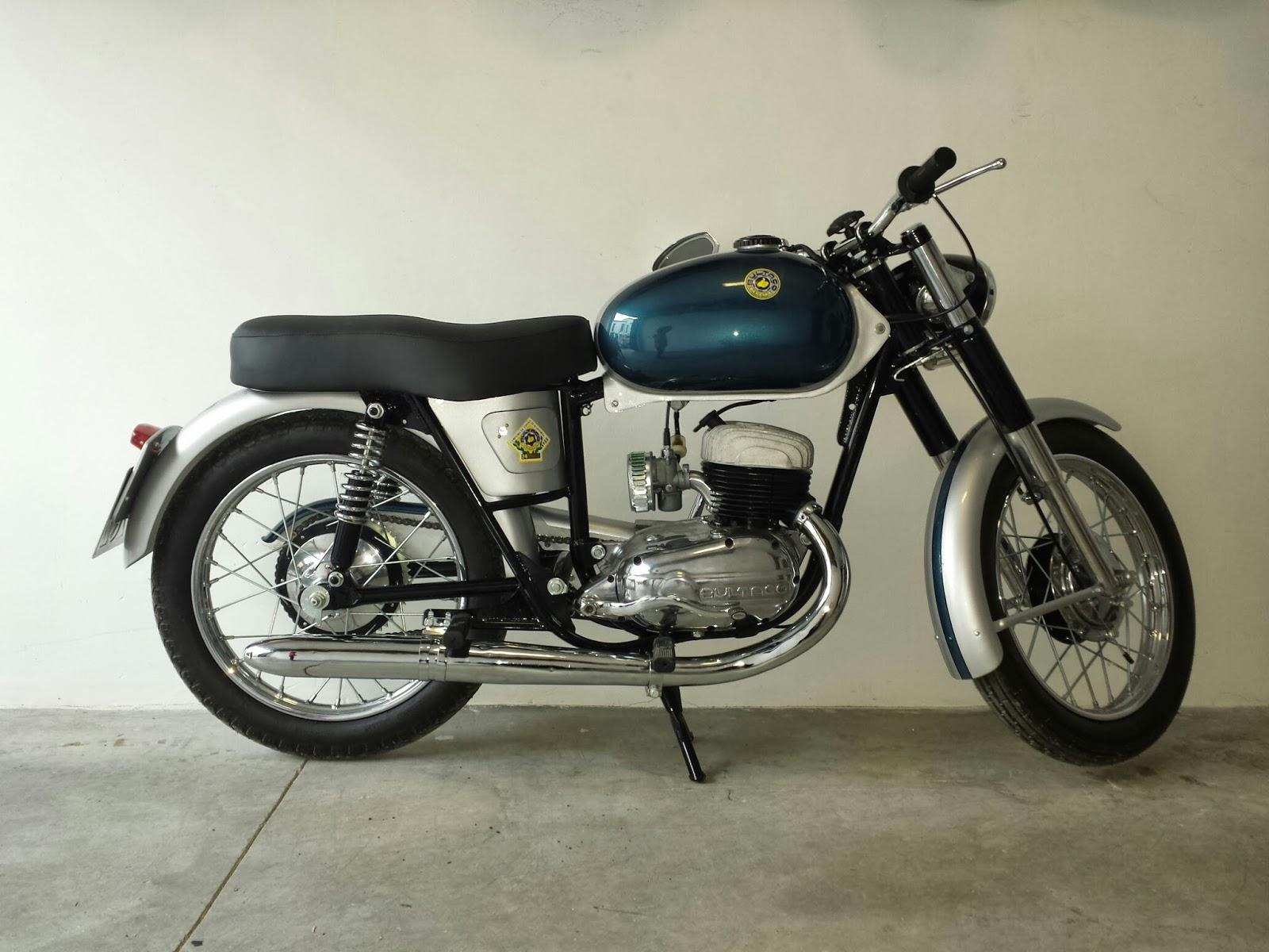 Historia y evolución de la motocileta 20140214_182203_resized