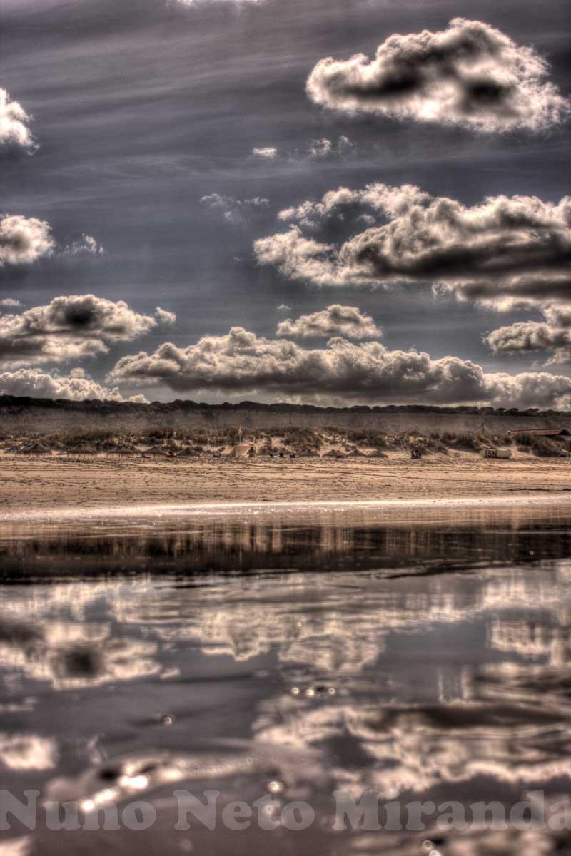 "alt=""beach, praia, reflections, reflexos, Caparica"""