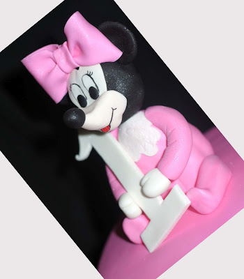 Delicious Minnie Mouse Cake Topper Ideas
