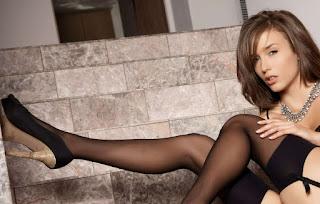 性感的成人图片 - rs-Lingerie_330_lingerie_nko_04-751930.jpg