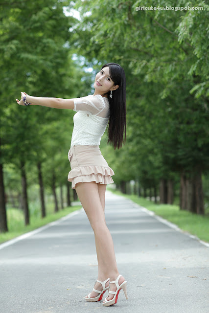 4 Cha Sun Hwa-Ruffle Mini Dress-very cute asian girl-girlcute4u.blogspot.com