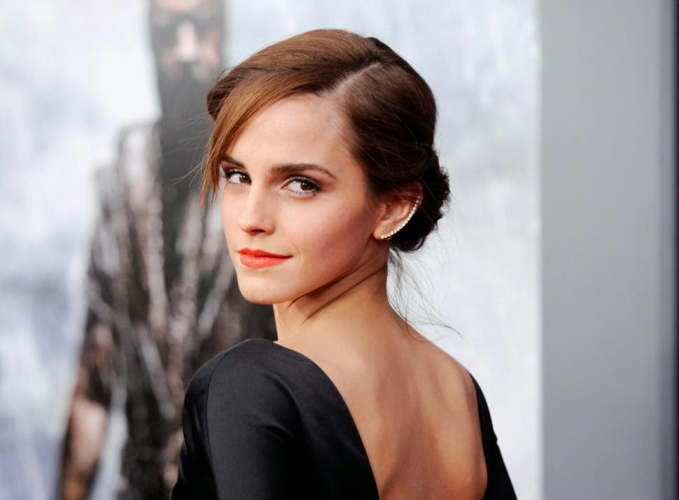Boggler blogger may 2015 those around me knows how big of a fan am i of emma watson she is just simply emmazing been a huge fan of her since her harry potter days and now thecheapjerseys Images
