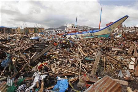 TYPHOON PHILIPPINES 24