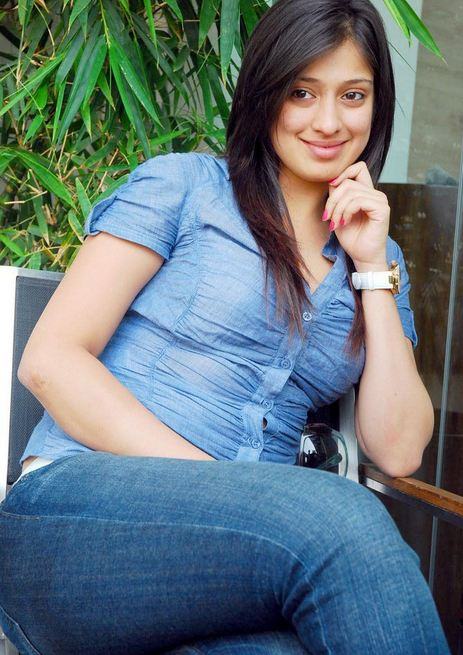 Lakshmi+rai+hot+in+jeans