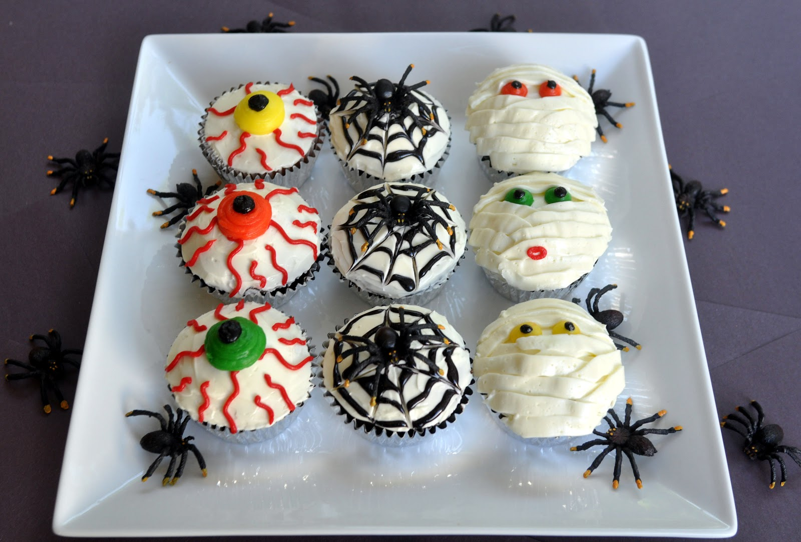 beki cook's cake blog: halloween cupcakes
