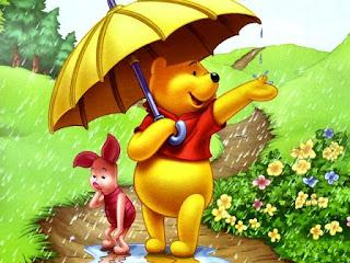 Winnie The Pooh bermain hujan
