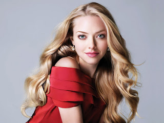 Amanda Seyfried Hot Girl