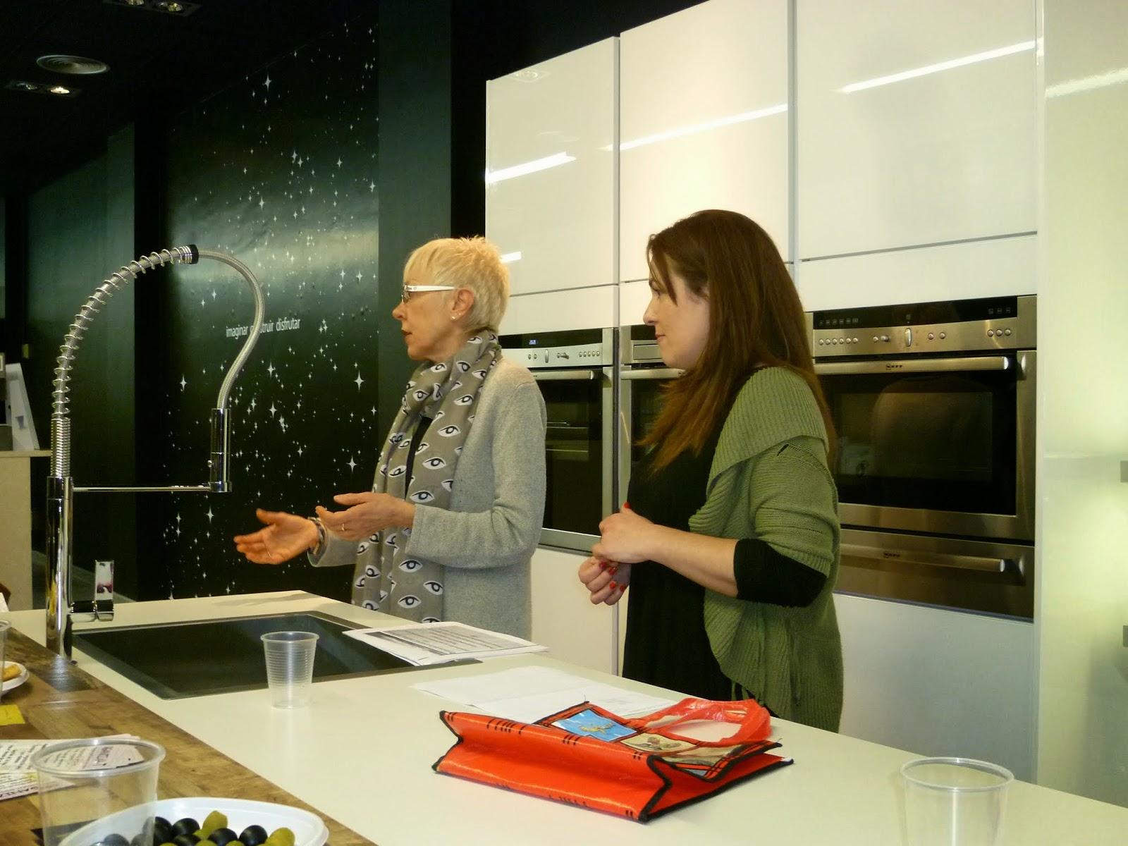 Organizar t charla en the singular kitchen - Singular kitchen valencia ...