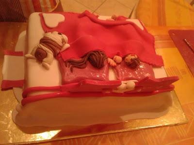 torta anniversario simpatica, con amico a 4 zampe..