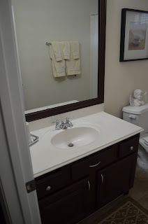 BeyondPrincess.blogspot.com: Bathroom Remodel cheap - good advice