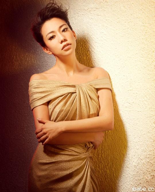Citaten Annie Wu : Taiwanese sexy girl annie wu actress chest