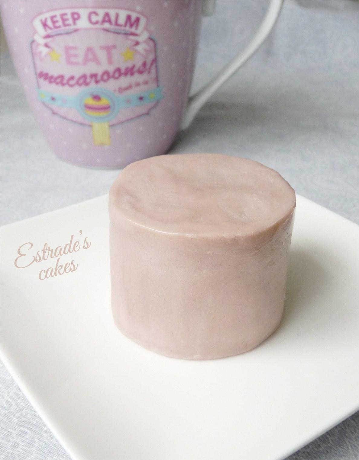 Chocolate plástico de modelar blanco, prueba 2 - pastel