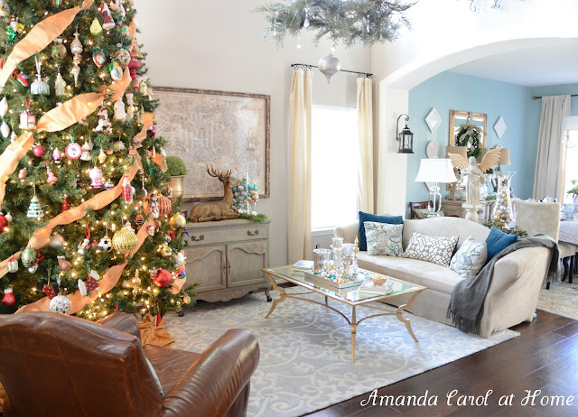Pictures of christmas house tours