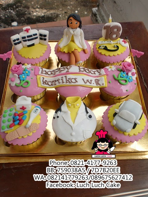 Cupcake Tema Dokter Daerah Surabaya - Sidoarjo