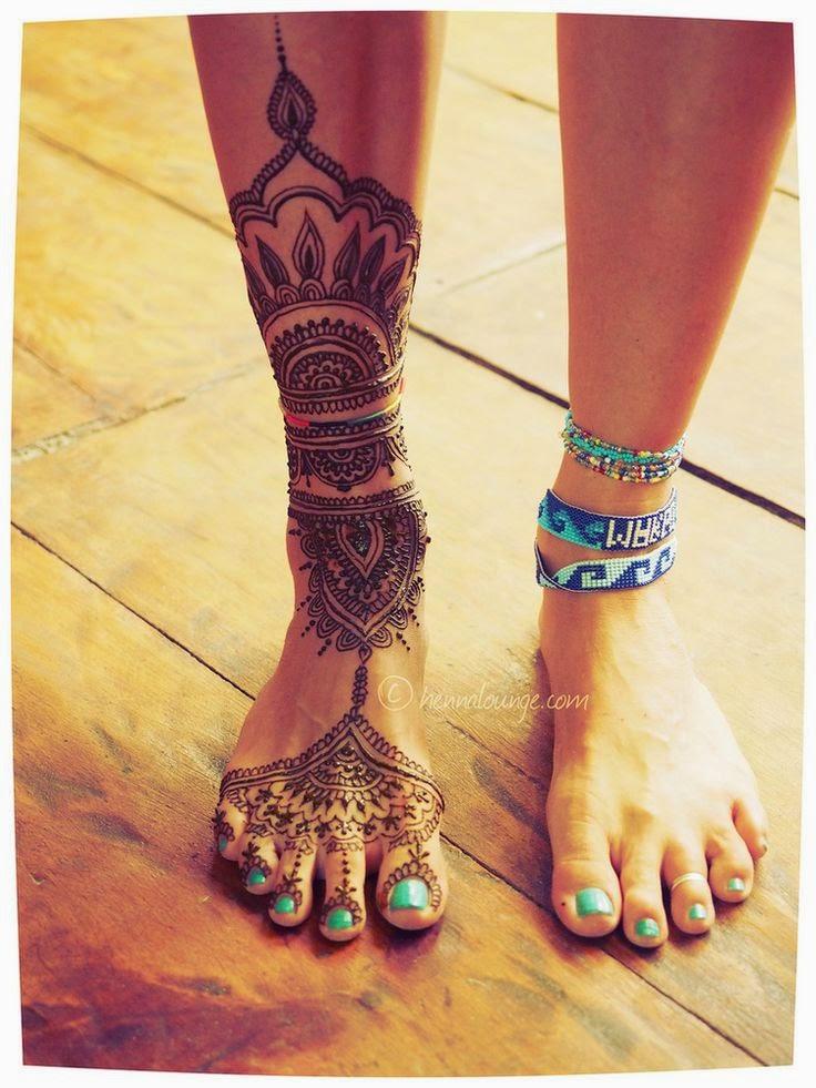 Mehndi Leg Tattoos : Christmas mehndi designs latest trend of henna