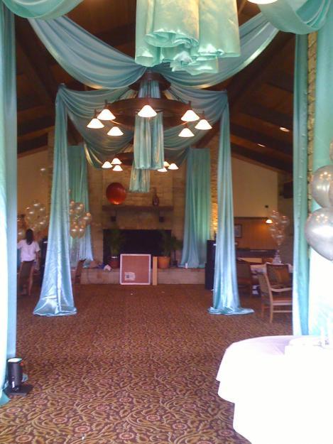 Decoracion de bodas con telas parte 2 for Decoracion con telas