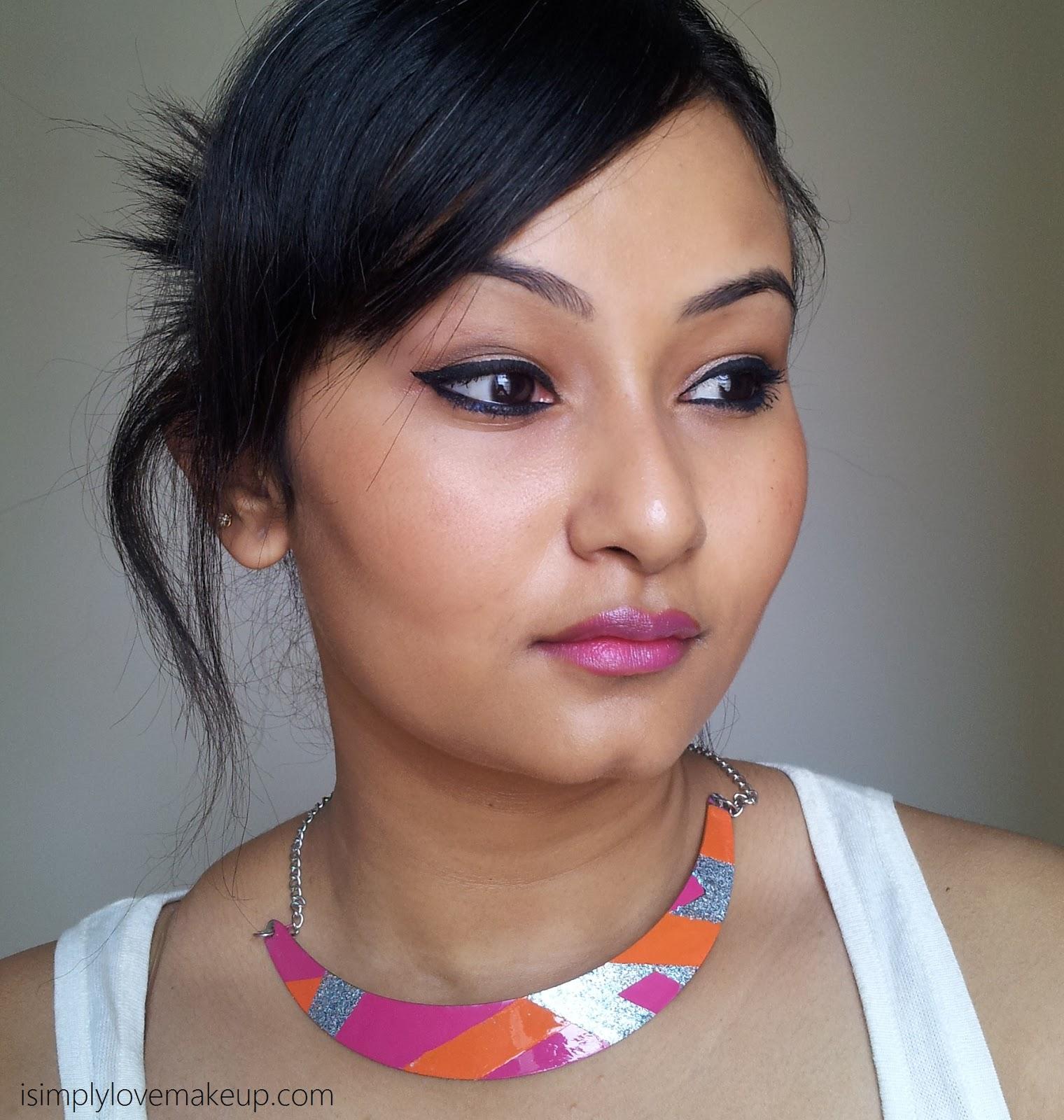 L'Oreal Paris Rouge Caresse Lipsticks - Rock N Mauve