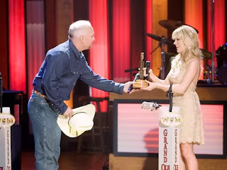Carrie underwood grand ole opry 2008