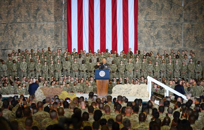 Military News - Speaking to troops at war, Obama looks to homefront