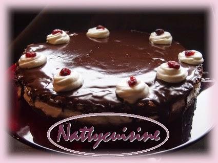 http://nattycuisine.blogspot.fr/2013/10/gateau-au-chocolat-facon-foret-noire.html
