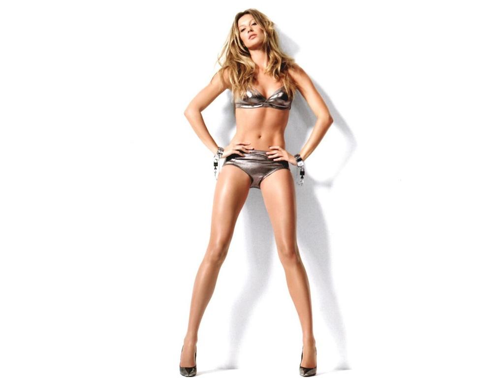http://4.bp.blogspot.com/-hzEEx2KeybY/TWzPZoHn-LI/AAAAAAAAANw/N-CU4VbqfKA/s1600/gisele-bundchen-height.jpg