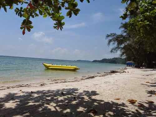 Wisata kuliner di Pantai Melur - tempat wisata di batam