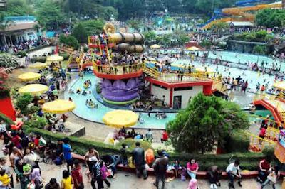 Nikmatnya Liburan Bersama Keluarga di Kolam Renang Karang Setra Bandung