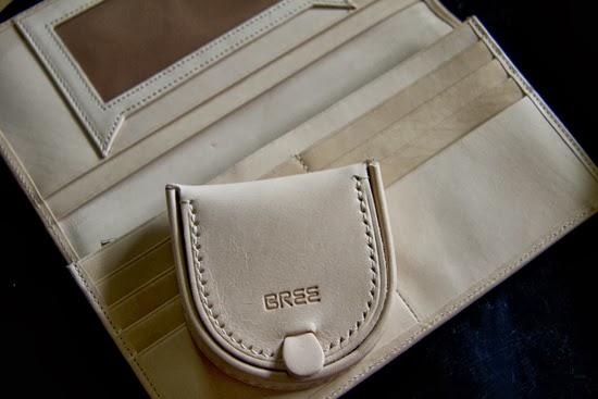ブリーのヌメ革財布