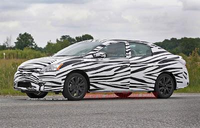 2013 Nissan Sentra sedan snapped wearing stripes