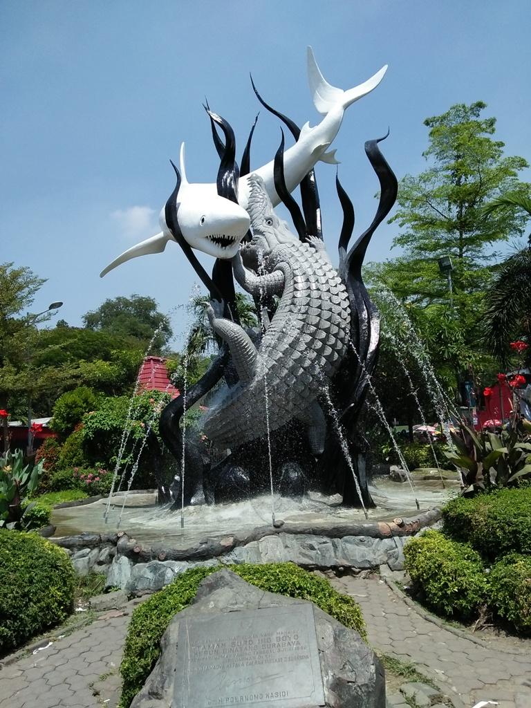 Patung Suroboyo Ikon Kota Pahlawan Surabaya - Catatan ...