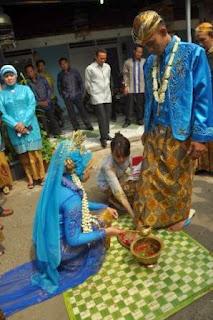 upacara panggih