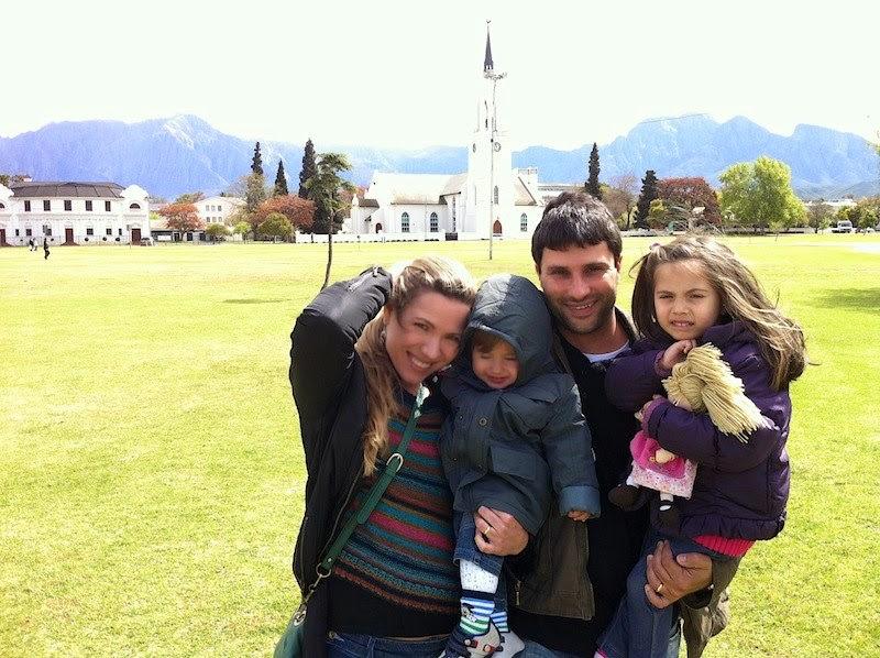 Minha irmã caçula Tati e sua linda família