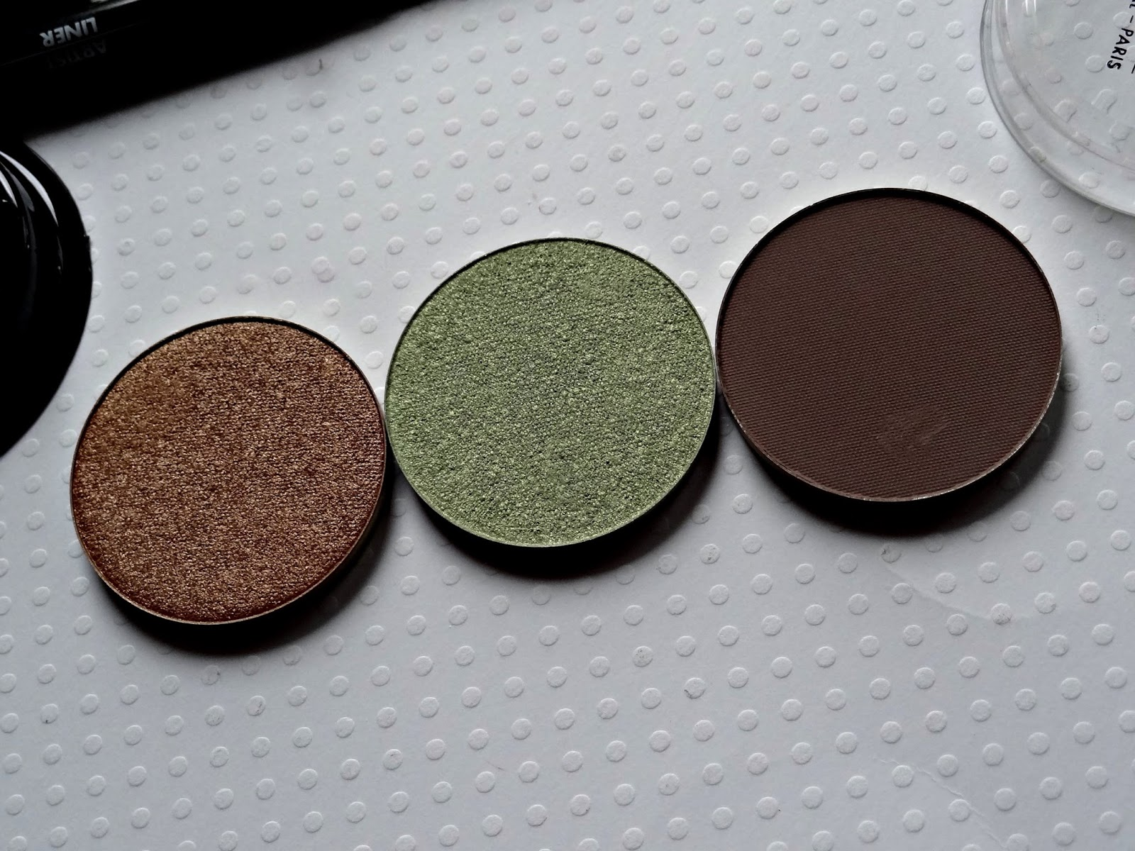 make up for ever artist eyeshadows in i662, m558, i330 Review, Photos & Swatches
