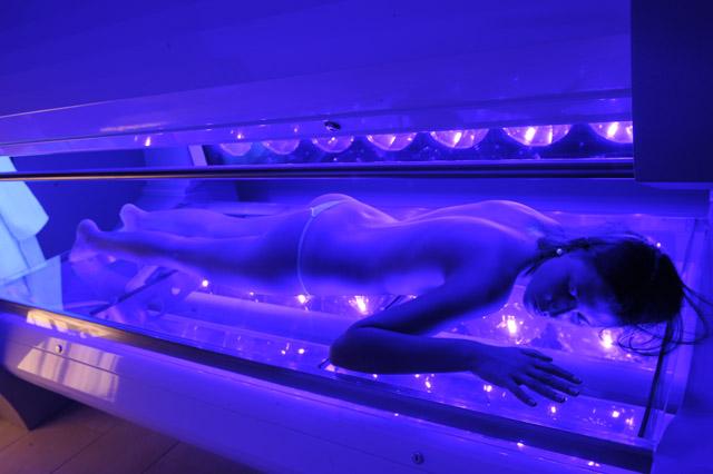 tanning solarium