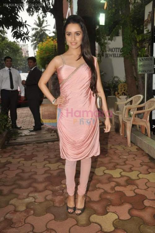 Shraddha Kapoor at Anmol jewelers promotional event in Bandra