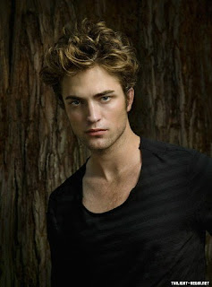 Robert Douglas Thomas Pattinson on Robert Pattinson Robert Douglas Thomas Pattinson Born 13 May 1986 Is