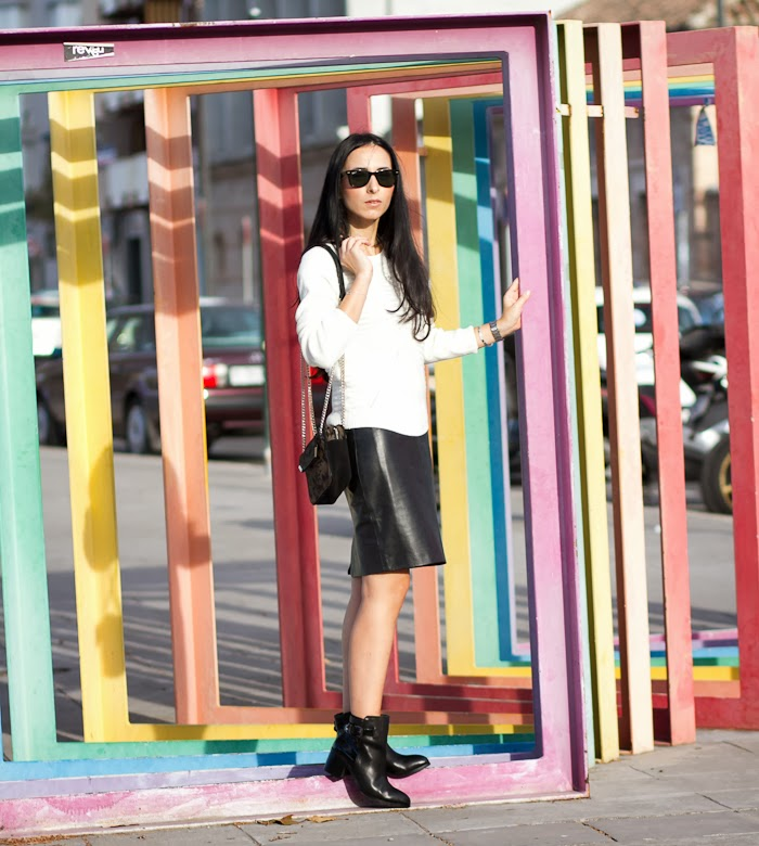 Black and White Streetstyle Fashion Blogger Leather Pencil Skirt