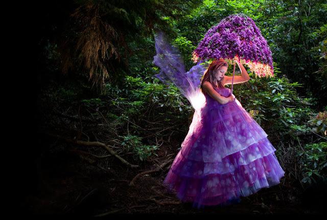 платья из цветов kirsty mitchell