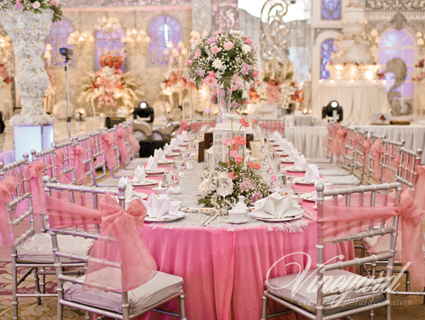 Vineyard event floral decoration surabaya pretty in pink wedding pink is a popular wedding colour partly because it symbolises femininity innocence and happiness junglespirit Gallery