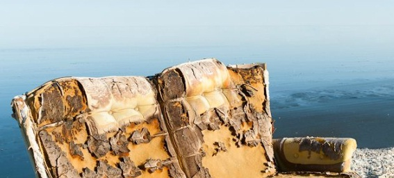 Um tnel no fim da luz 2012 referncia ao ensaio a vida dos homens infames escrito por foucault em 1977 para les cahiers du chemin e em 1982 reeditado como introduo ao livro fandeluxe Choice Image
