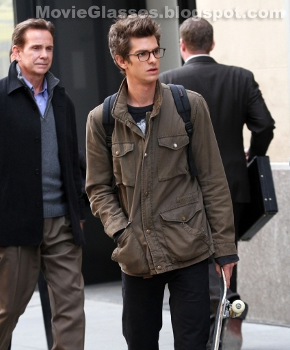 Andrew Garfield as Peter Parker in The Amazing Spider-Man wearing Oliver Peoples Glasses and carrying his skateboard
