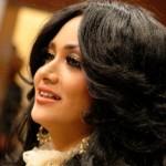 krisdayanti - Fashion Artis Indonesia Paling Glamour