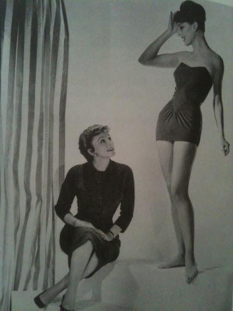 רוז מרי רייד עם דוגמנית