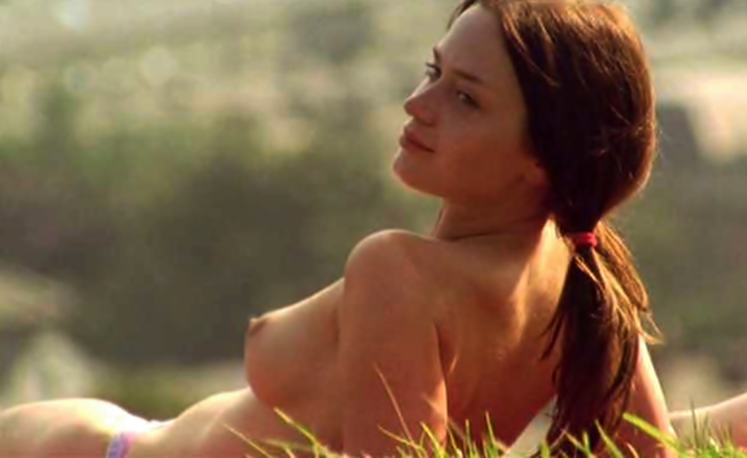 emily blunt nude topless